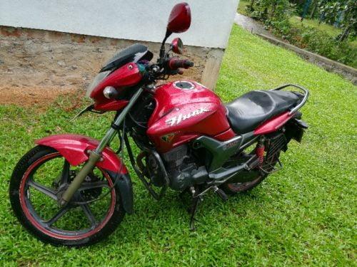 Motorbikes in Sri Lanka